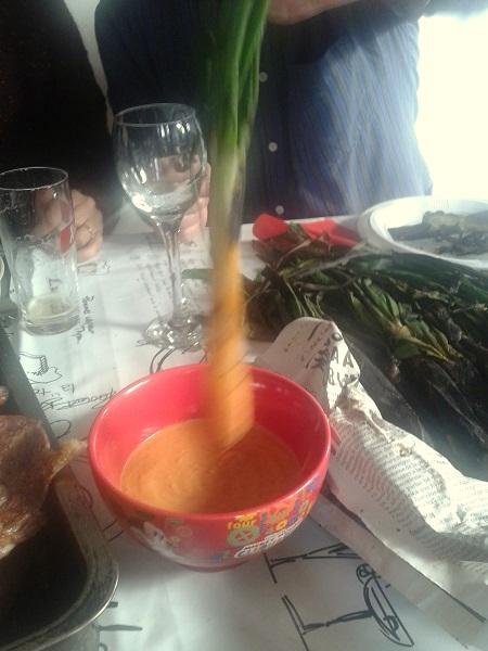 Calçotada salsa romesco
