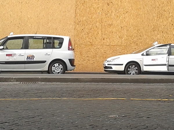 Taxi in Rom