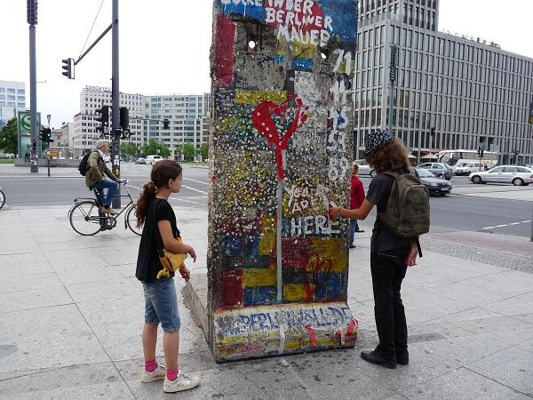 berlin potsdamer platz muro