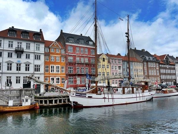 Kopenhagen Nyhavn boote