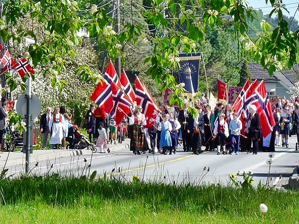 Norwegen Oslo Parade