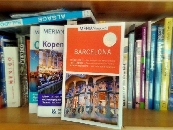 Reiseführer Vergleich Barcelona Momente Merian