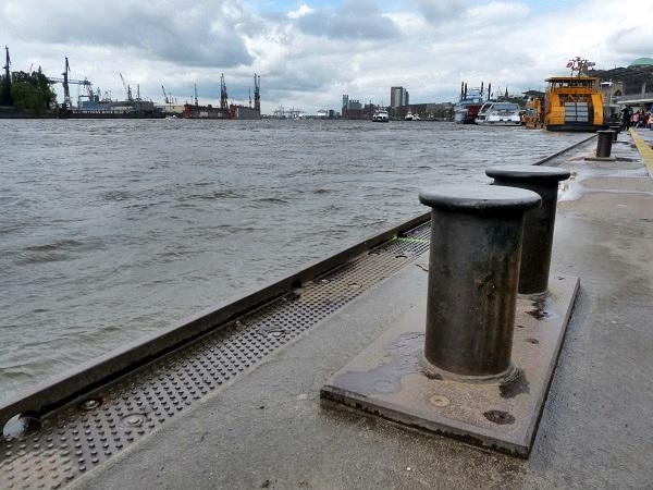 Hamburg Landungsbrücken Hafen