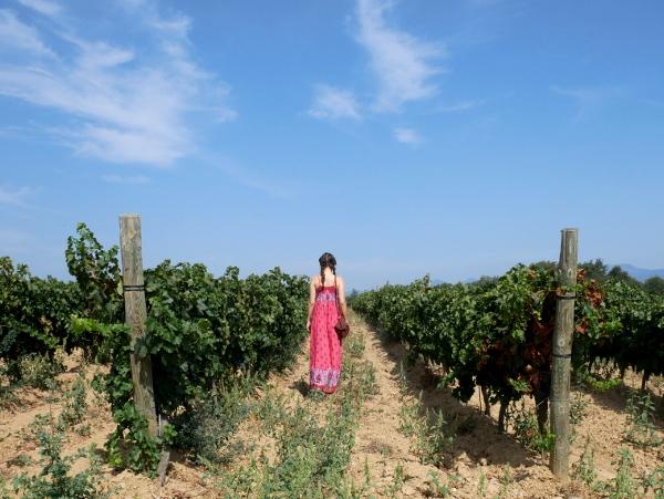 lina in den weinbergen La vinyeta