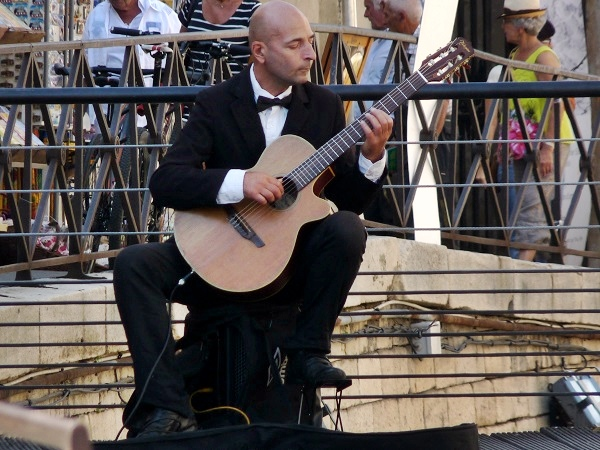 Arles Flamenco Gitarre