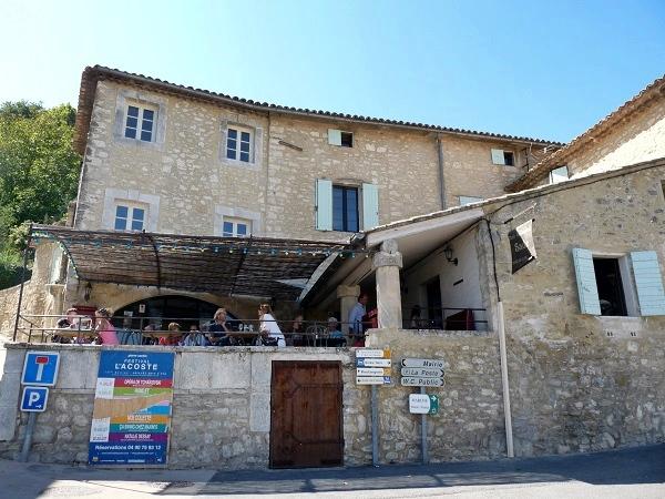 Lacoste Cafe Sade