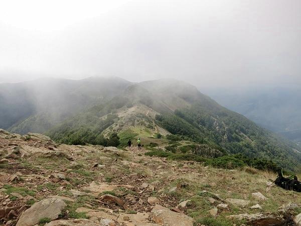 Montseny Wandern Les Agudes Blick auf Felskamm