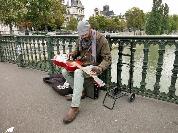 Musiker auf der Strasse Paris