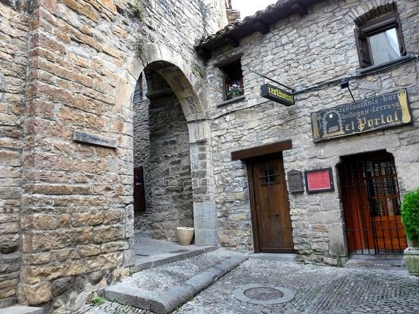 In der Altstadt von Ainsa