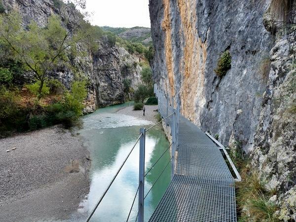 Steg an der Felswand Pasarelas del Vero Alquezar