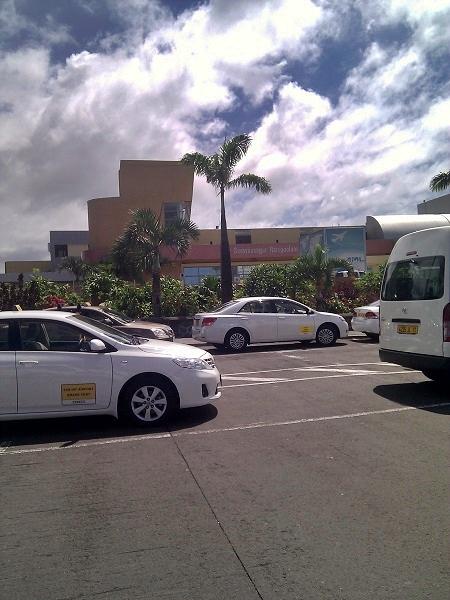 Mauritius Taxi am Flughafen