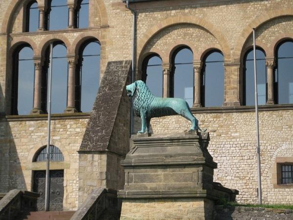 Braunschweiger Loewe Goslar Kaiserpfalz