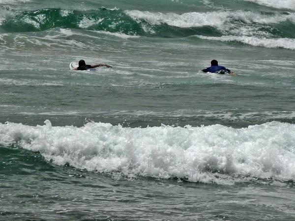 Surfen am Strand Dakar