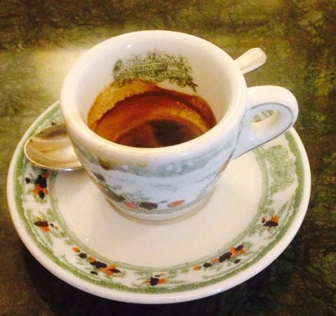 Caffè sospeso und das beste Essen in Napoli 9
