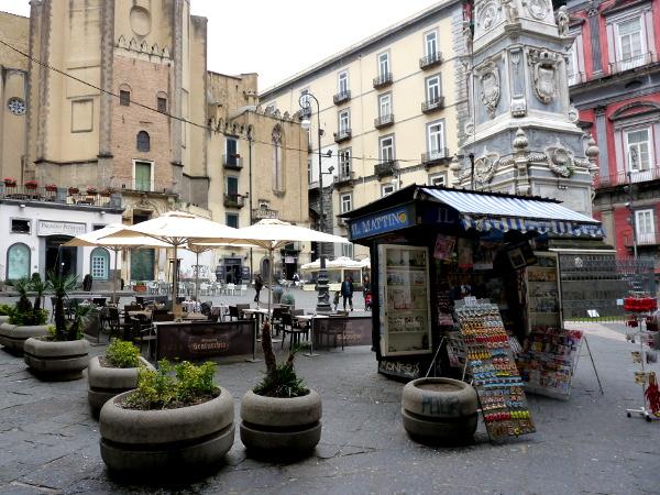 Neapel Piazza Altstadt