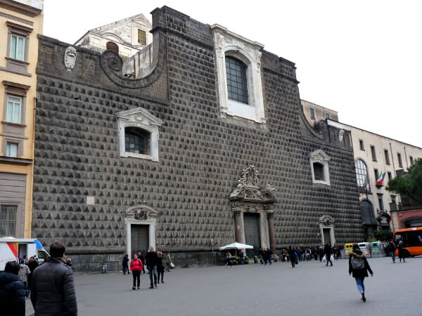 Chiesa Gesu Nuovo Neapel