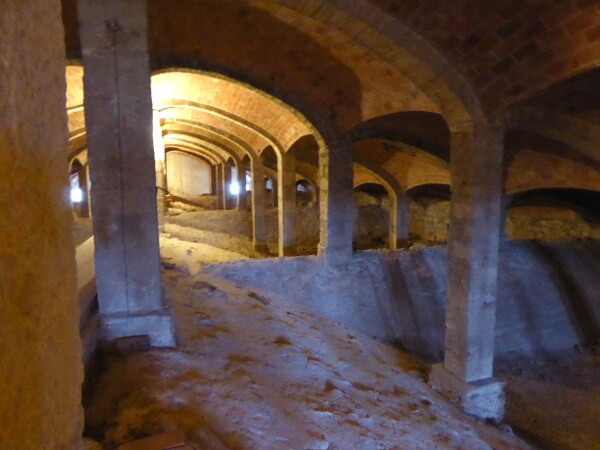 Unterm Dach Kathedrale Girona