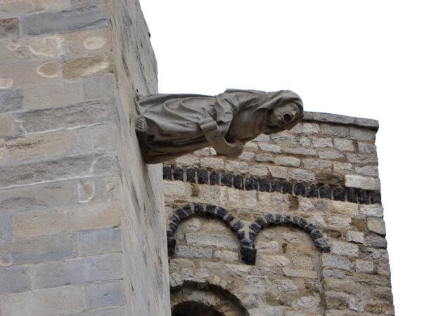 WAsserspeier Kathedrale Girona Hexe Legende