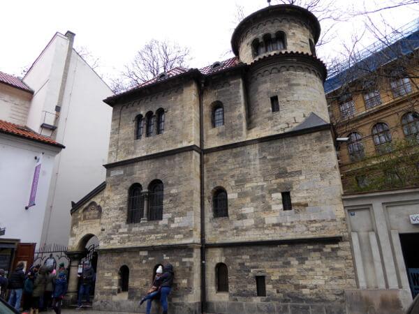 eingang jüdischer Friedhof Josefstadt Prag
