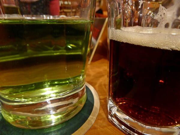 kofala und gruenes bier tschechien