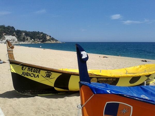 Boote am Strand von Lloret de Mar Costa Brava