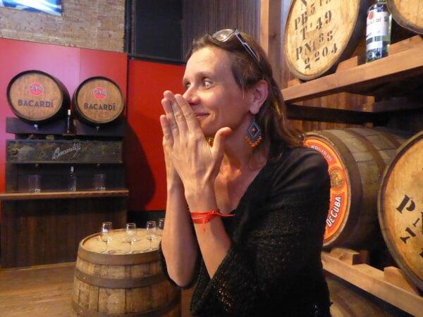 Casa Bacardi Rum sitges Hände