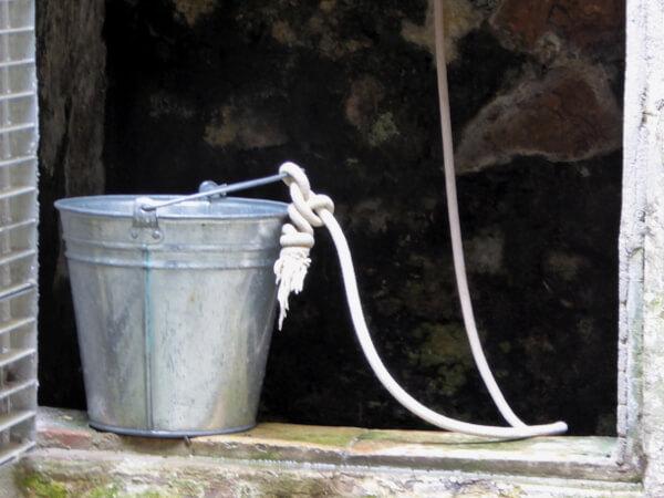 abwasch rustikal fischerhütte tamariu