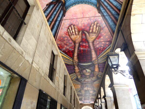 art decke in der Altstadt bilbao