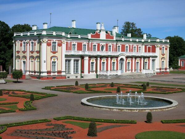 Rückseite Kunst Museum Kadriorg Tallinn