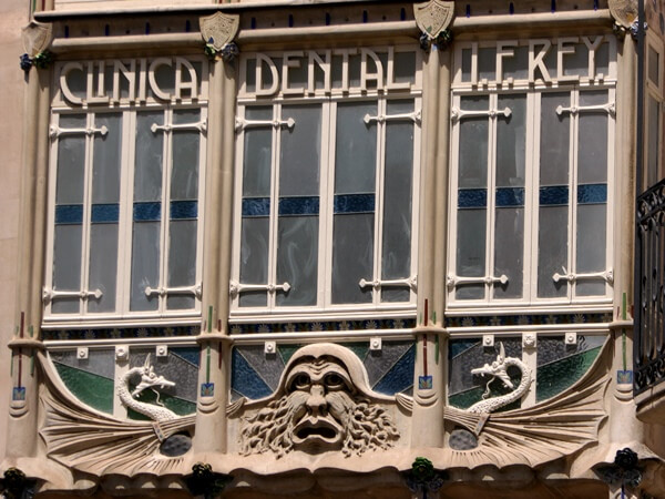 clinica dental modernista palma