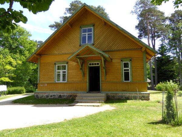 gelbes holzhaus freilichtmuseum