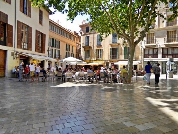 plaza altstadt mallorca