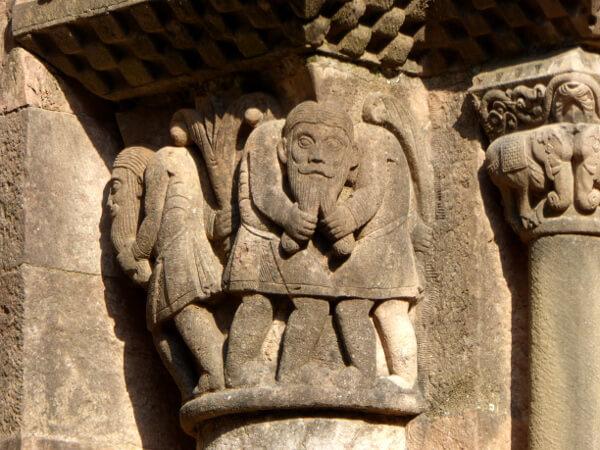 Details aussen Klosterkirche San joan de les Abadesses