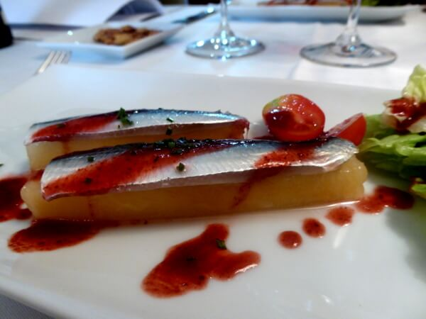 Sardine auf Honigmelone Slow food Restaurant