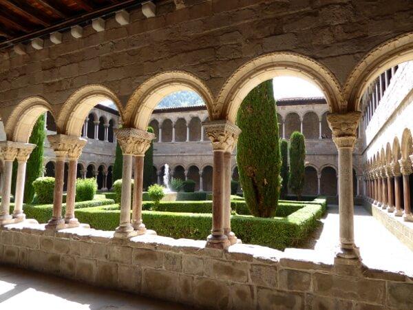 kreuzgang kloster ripoll Guifré el Pelós