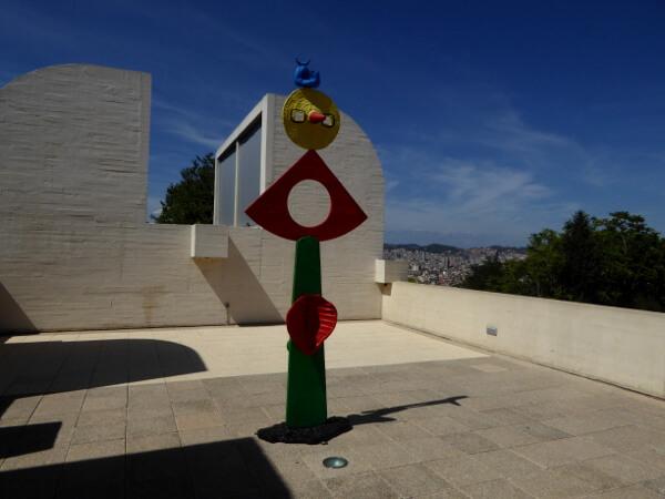 Miro Museum Barcelona Terasse Skulptur