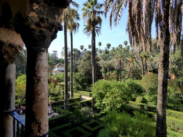 Alcazar Sevilla Gärten Galerie Blick von oben