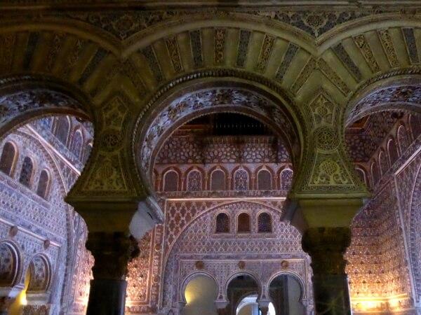 Alcazar Sevilla grosse Halle