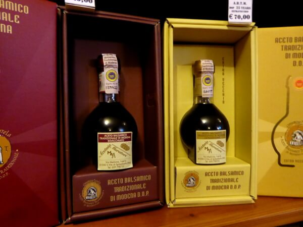 Balsamico Essig Aceto Balsamico di modena Flasche original