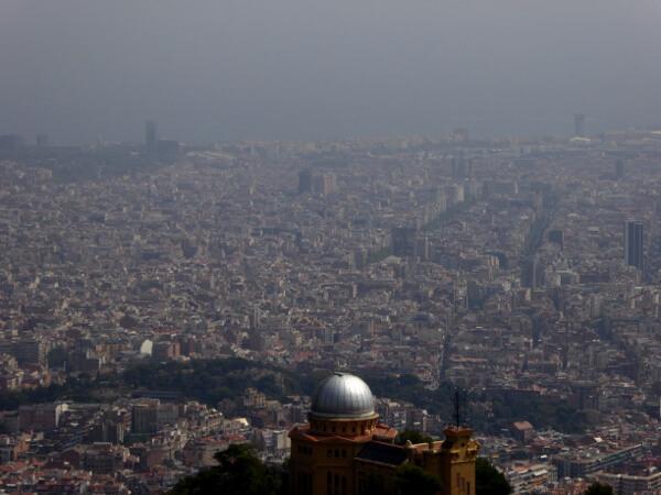 Barcelona Tibidabo Aussicht bei schlechtem Wetter
