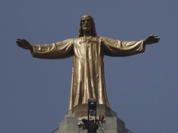 Barcelona Tibidabo Sagrat Cor jesusstatue