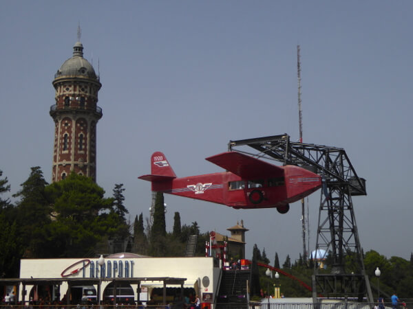 Barcelona Tibidabo Vergnügungspark Flugzeug Aeroport
