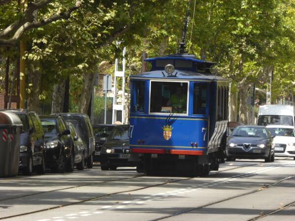 Barcelona Tramvia Blau Waggon