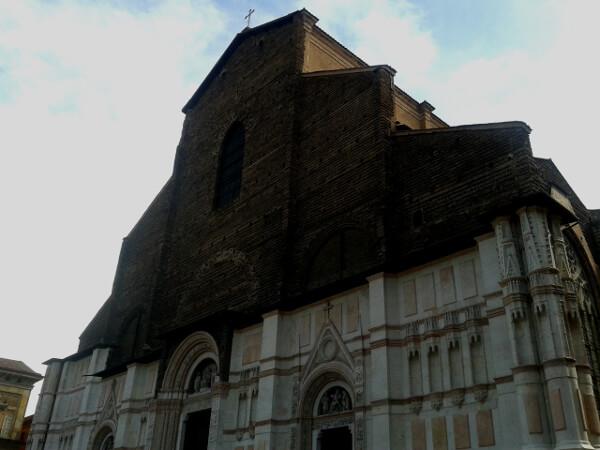 Bologna Kirche