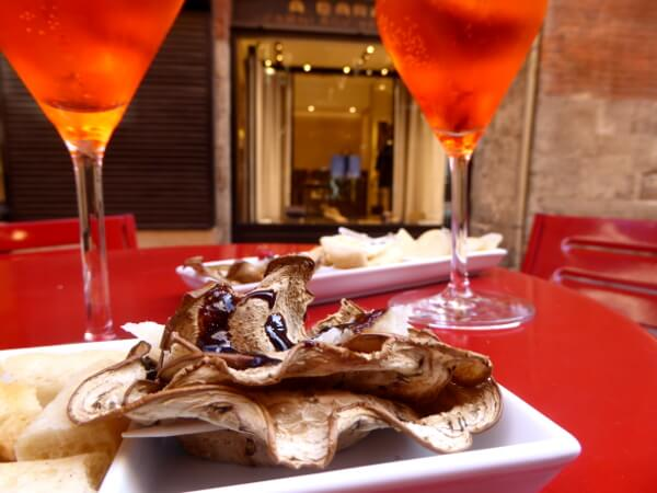 Bologna Spritz und Pilze
