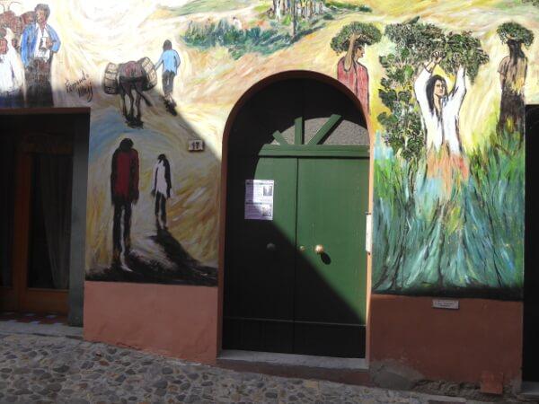 biennale del Muro dipinto bunte Landschaft