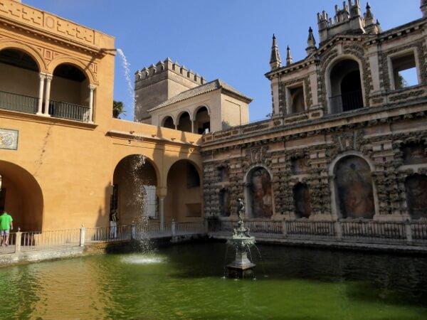 Merkurbrunnen alcazar Sevilla