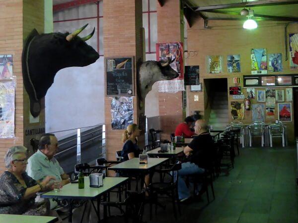 Stiere Mercado Triana Sevilla