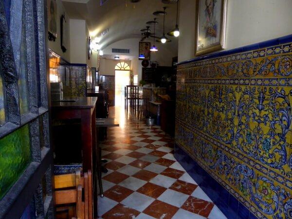 Tapas Bar Alvaro Peregil Sevilla