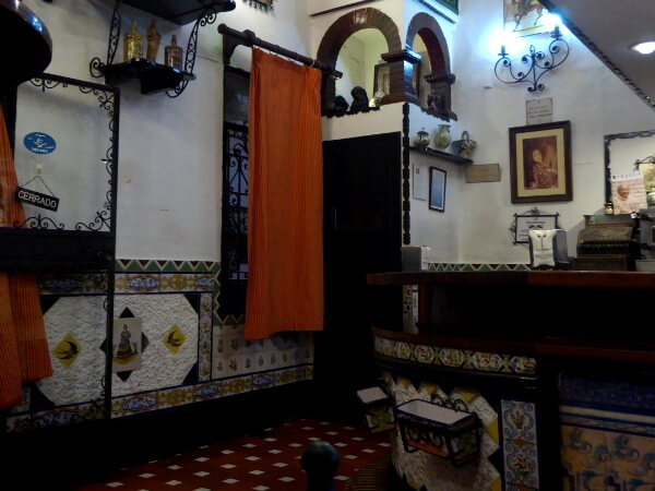 Tapas Tour Sevilla Triana Golondrinas